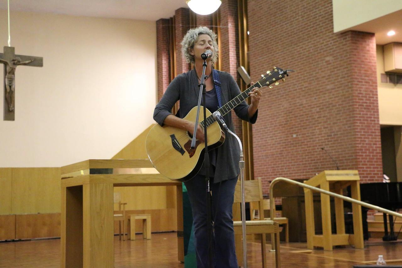 Sara Thomasen at the 2017 Catholic Peace Ministry Fall Fundraiser